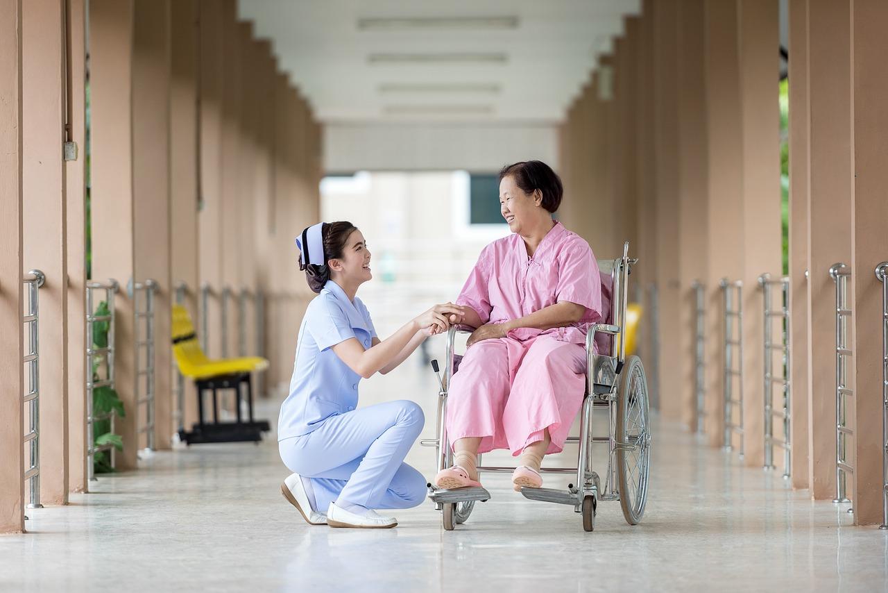 介護施設の認知症患者の受け入れ体制とは